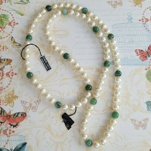 Vintage Pearl and Jade Green necklace